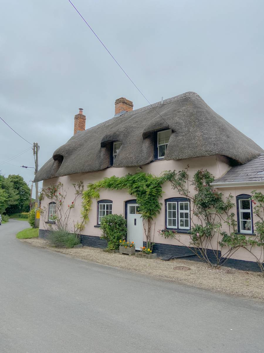 Thatched roof houses near Haxton in Wiltshire - stop 2 on my UK summer staycation tour