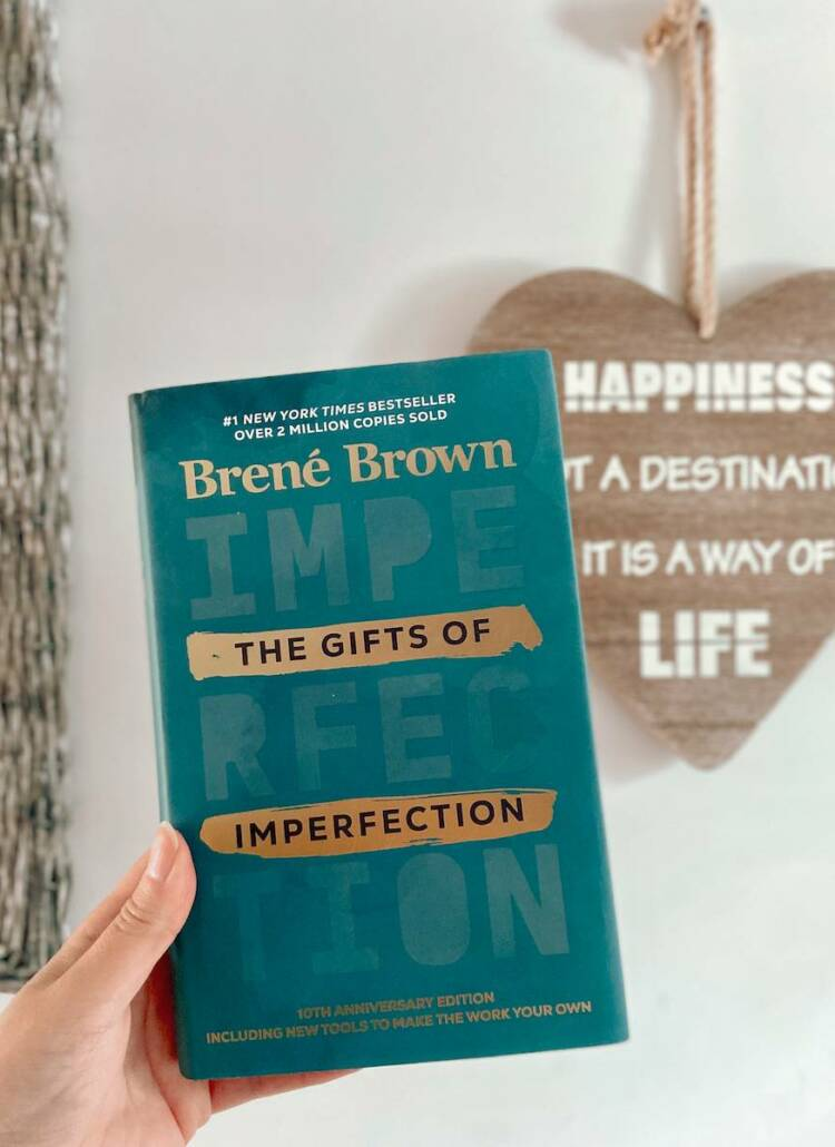 Book Review; The Gifts of Imperfection by Brené Brown